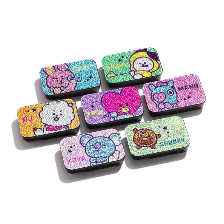 BT21 Glitter case (with character signature) [Japan Exclusive]